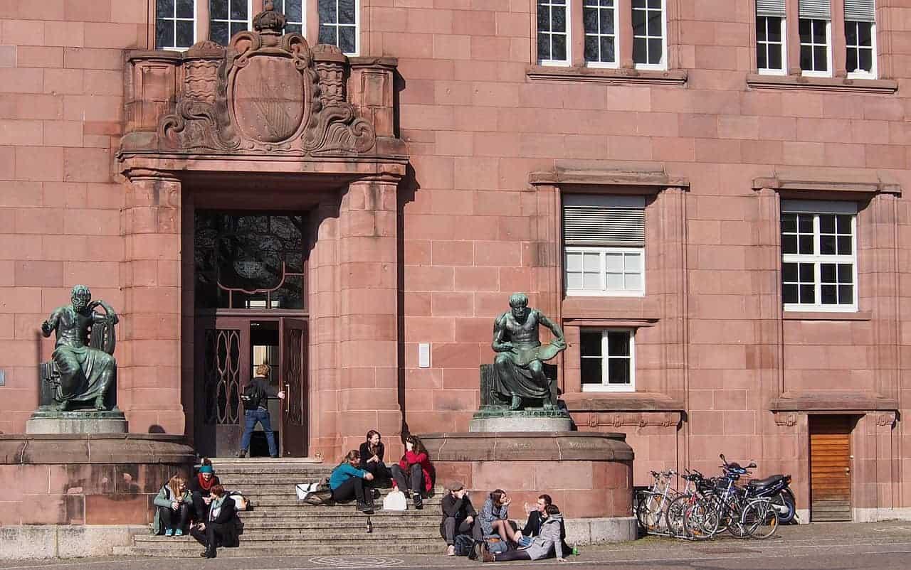 university 686150 1280 1 - Recherche établissements scolaires